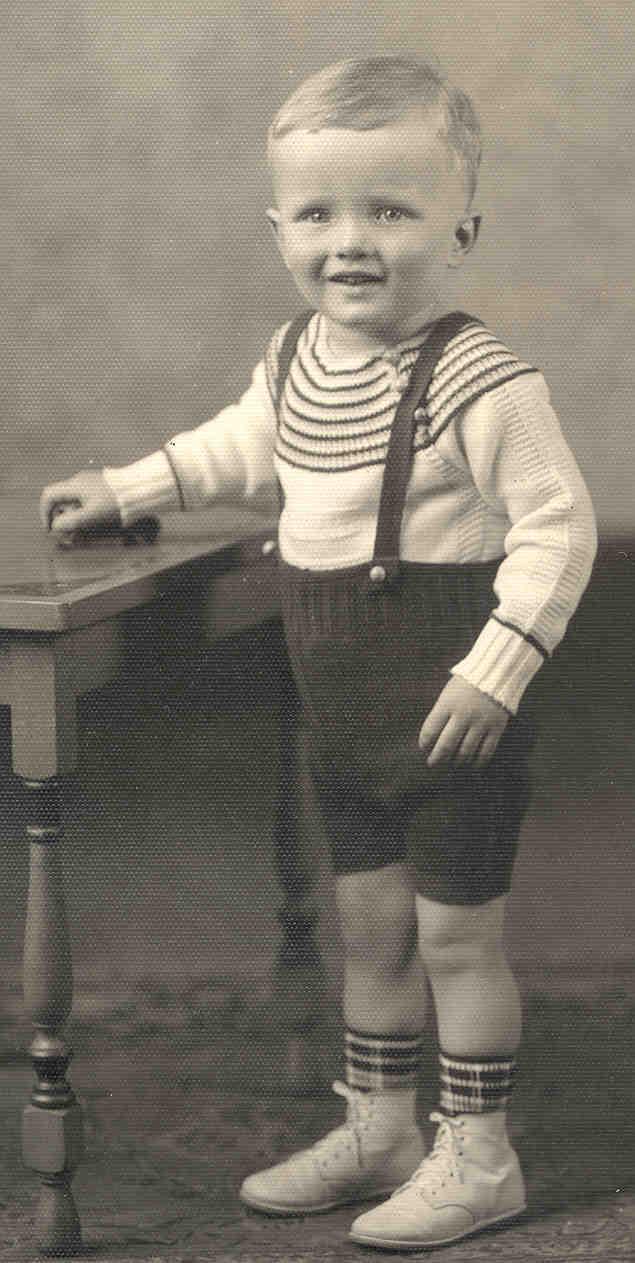 Jakob Friedrich Itzin Was Born On 30 August 1857 In Binzen